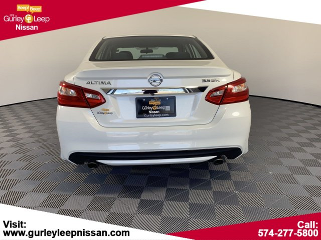 Pre-Owned 2016 Nissan Altima 3.5 SR