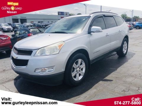 Pre-Owned 2009 Chevrolet Traverse LT w/2LT
